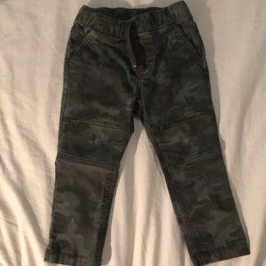 Cat & Jack Camo pants